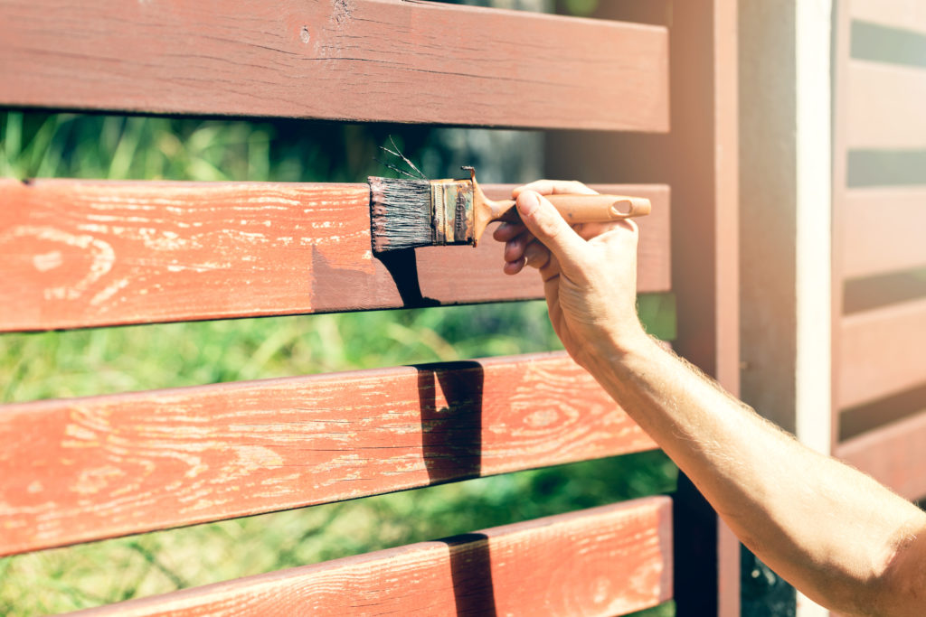 Paint your fences for spring cleaning