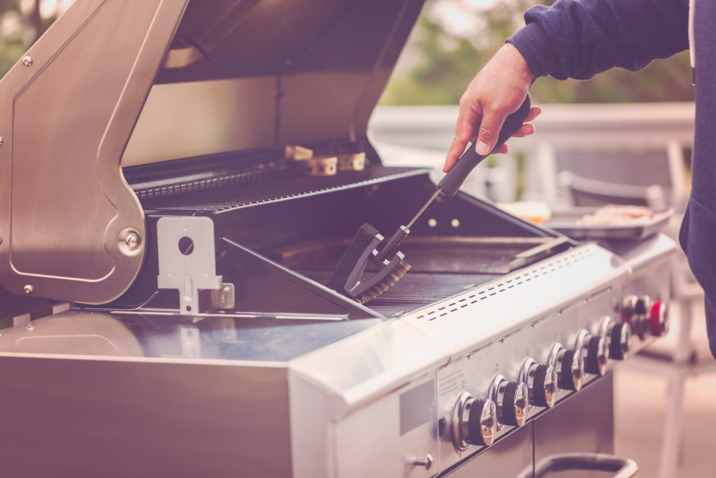 Clean Your Outdoor Grill